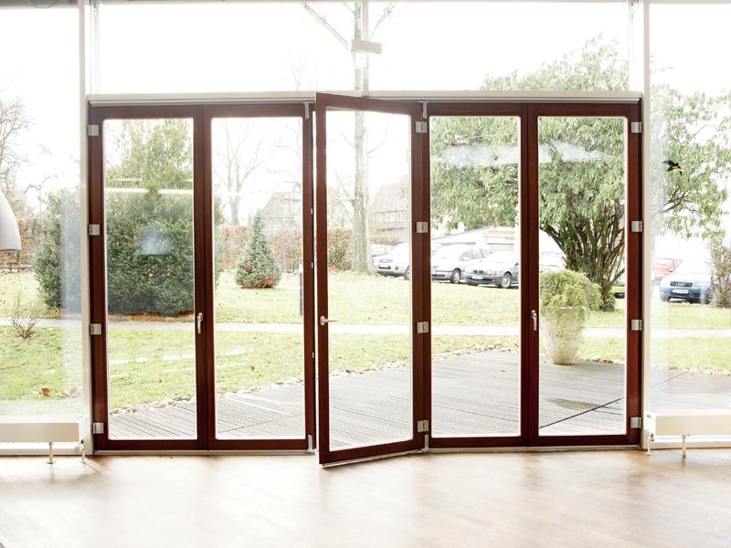 Scorrevole a pacchetto su vetrata fabbro serramenti - Porte scorrevoli a pacchetto ...