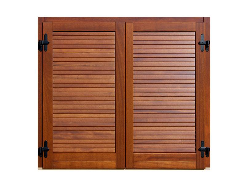 Scuri a sporgere mod griglia orizzontale chiusa fabbro serramenti - Cerniere per finestre in legno ...
